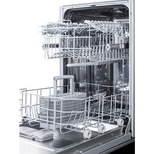 DW18SS Dishwasher Detail