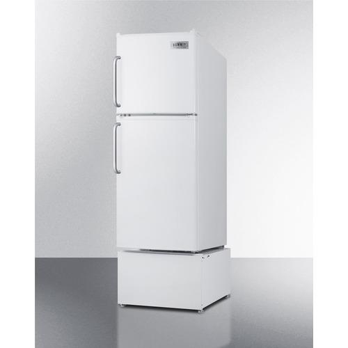 FF71ESTB Refrigerator Freezer Angle