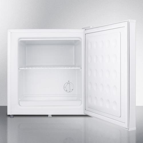 FS24L7MED Freezer Open