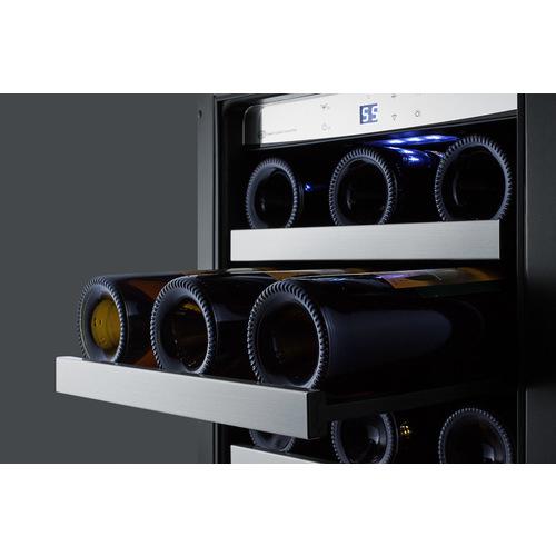 CL151WBVCSS Wine Cellar Detail