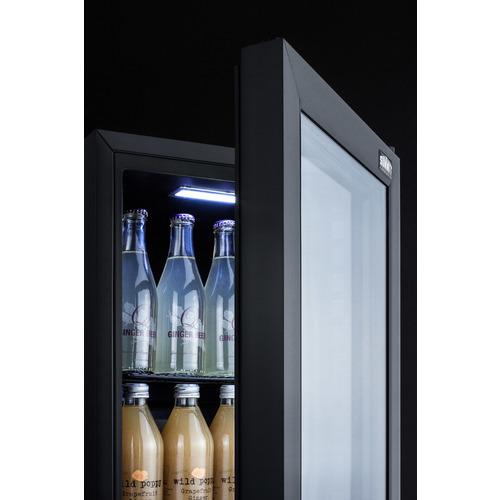 SCR114L Refrigerator Detail