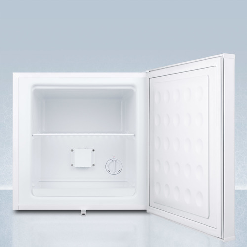 FS24LPLUS2 Freezer Open