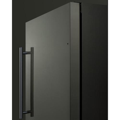 FF1843BKSADA Refrigerator Detail