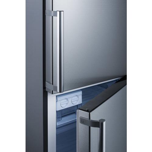 FFBF192SS Refrigerator Freezer Detail