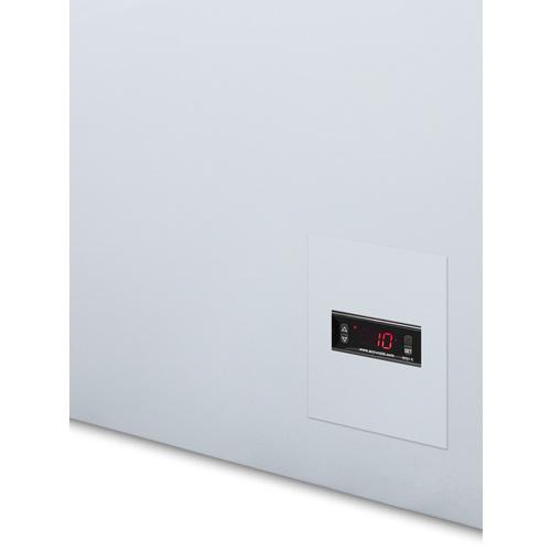 EQFF72 Freezer Detail