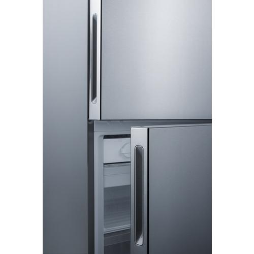 FFBF279SS Refrigerator Freezer Detail