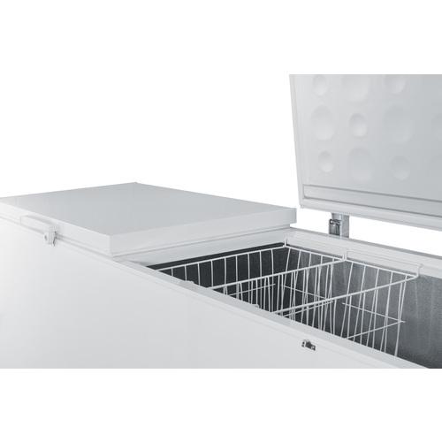 SCFM252W Freezer Detail