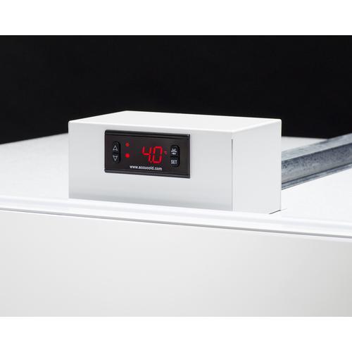 FFUR19 Refrigerator Detail